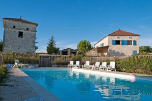 6 bed Country House for sale in Midi-Pyr�n�es...