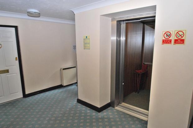Main lift