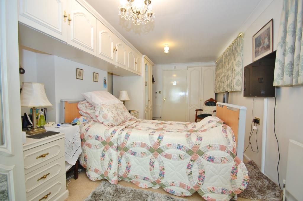 Side Bedroom