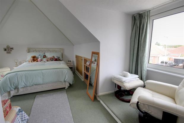 Bedroom 3https://log