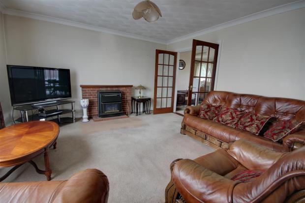 1 lounge 2.jpg