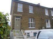 4 bedroom End of Terrace property for sale in Plum Lane, London, SE18
