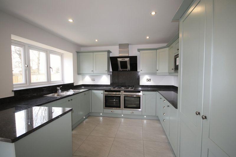 House 2 Kitchen
