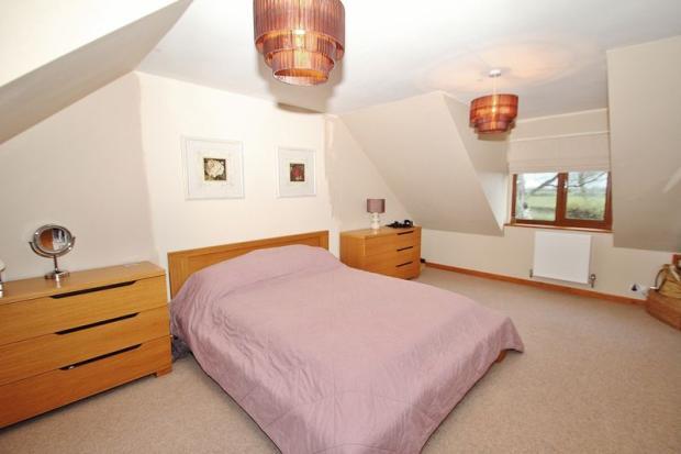Bedroom 1 - Ma...
