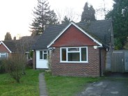 4 bed Detached Bungalow to rent in Woking