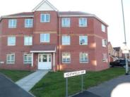 2 bed Ground Flat in Heathfield Way...