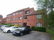 Apartment for sale in Chilworth Gate...