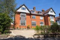 6 bedroom semi detached property in Osborne Road, Broxbourne...