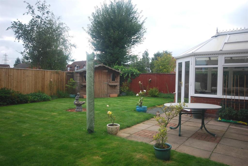 17 Welby Gardens Rea