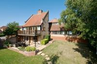 5 bedroom Detached house for sale in Thorneycroft Lane...