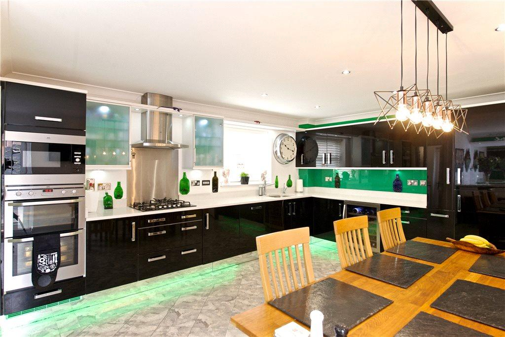 Kitchen/Dinng