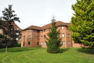 2 bedroom Flat for sale in College Park Drive...