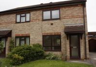 semi detached house to rent in Shannon Close Sandy...
