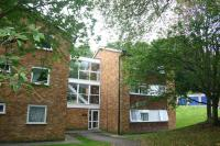 Flat in 2 bedroom Top Floor Flat...