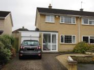 3 bedroom semi detached house to rent in Stonehouse Close...