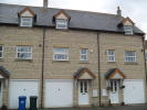 Town House to rent in Lucerne Avenue, Bicester...