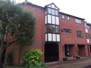 Town House to rent in Heron Island, Caversham