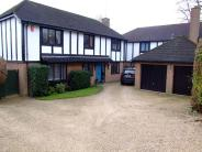 4 bed Detached house to rent in Bluebells, Welwyn