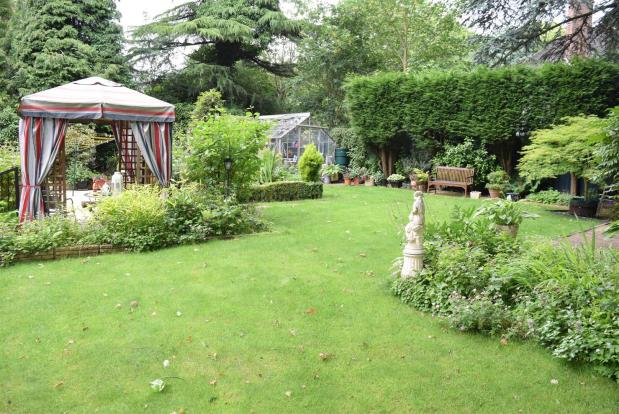 Gardens 4th view
