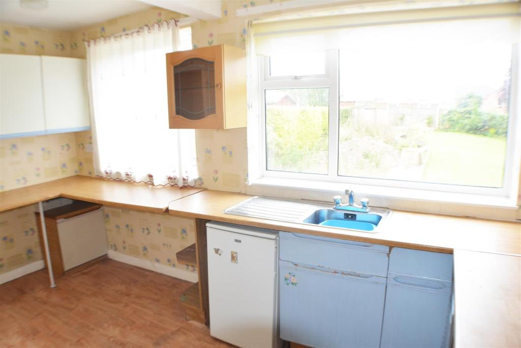 Kitchen Second Pictu