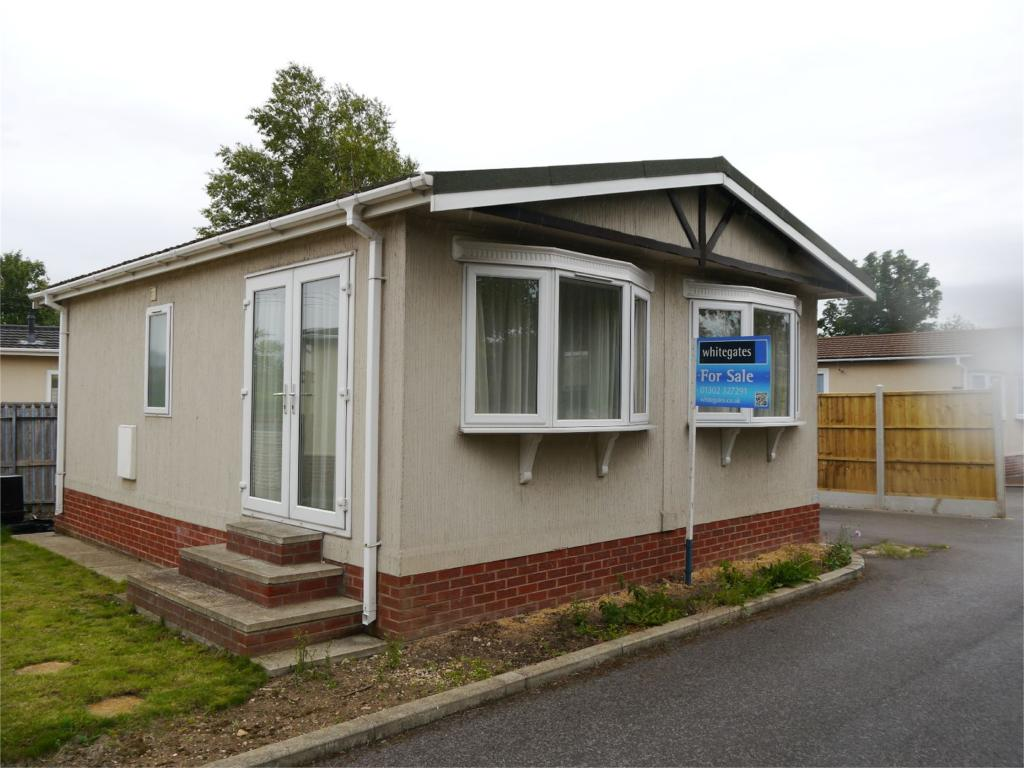 2 Bedroom Mobile Home For Sale In Lambeth House Park Home Lambeth Road Balby Doncaster Dn4 Dn4
