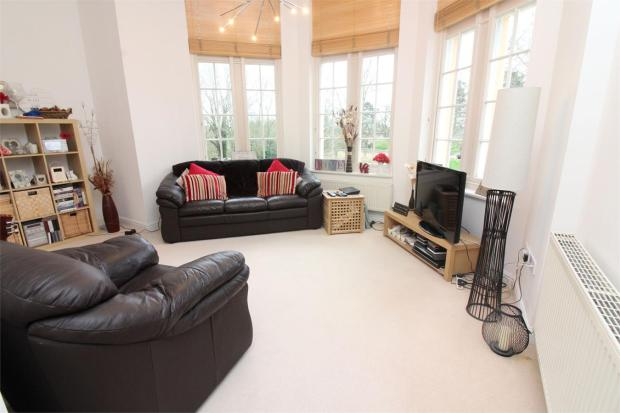 2 Bedroom Apartment For Sale In Fairfield Hall Fairfield Stotfold Hitchin Hertfordshire Sg5