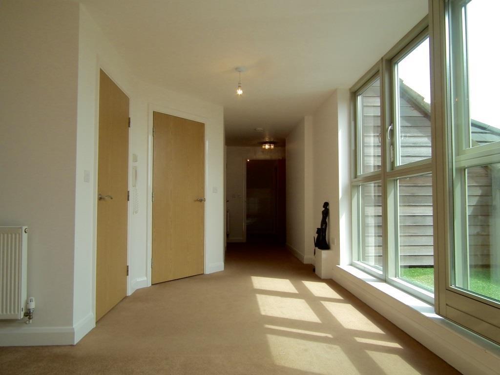 3.Hallway.jpg