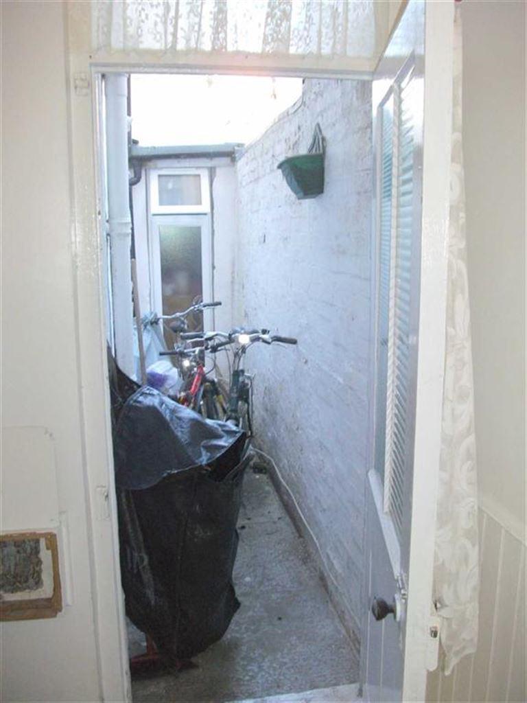 Rear Courtyard: