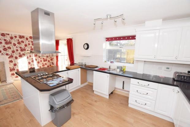 Kitchen Bungalow in