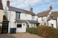2 bed Cottage for sale in Wood Street...