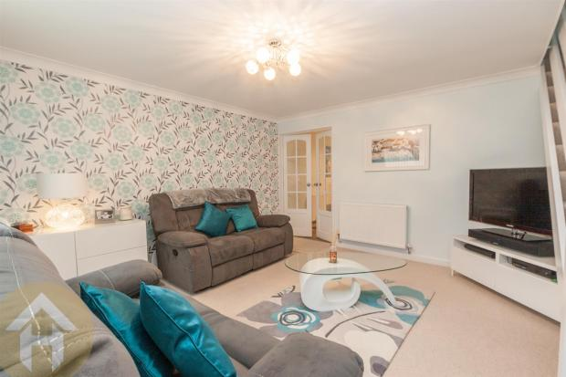 4 Bedroom Semi Detached House For Sale In Briars Close Royal Wootton Bassett Swindon Sn4