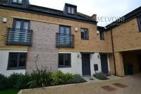3 bed Town House in Bayleaf Avenue...