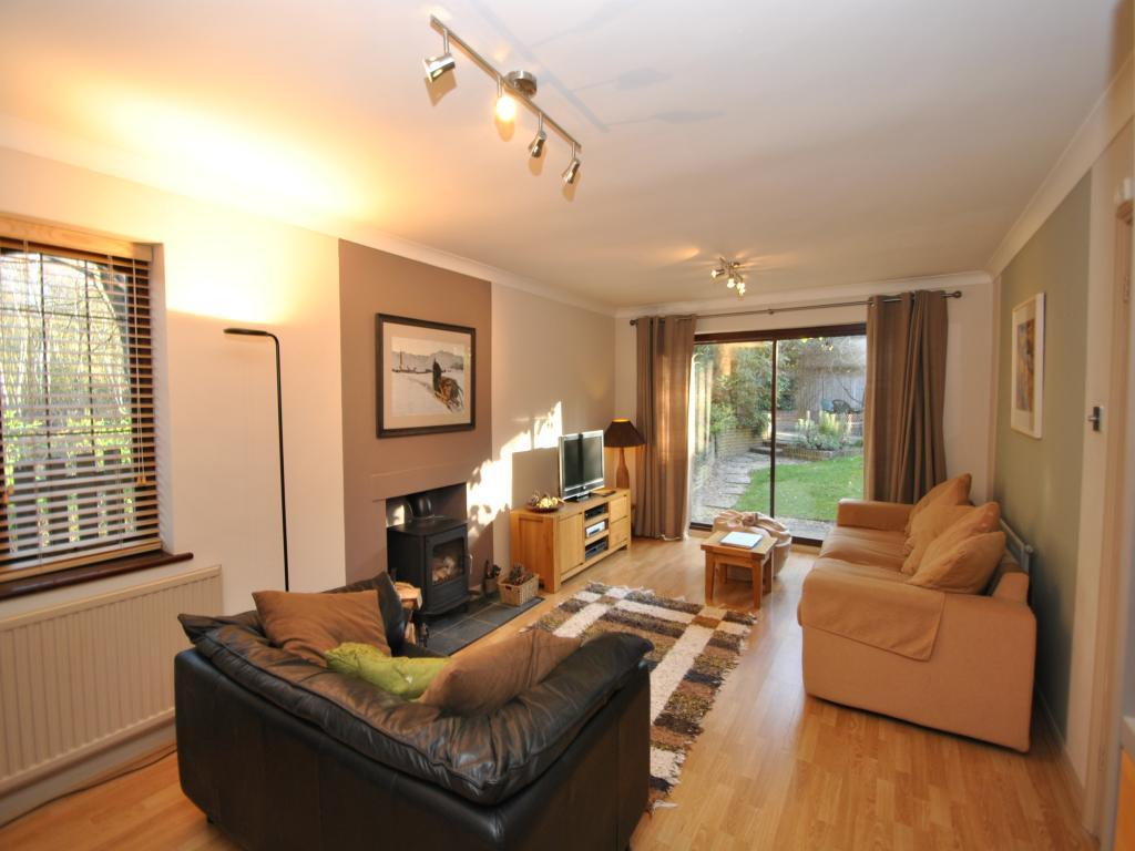 Brown orange living room design ideas photos - Living room ideas orange and brown ...