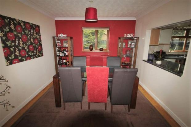 Dining Room (2)