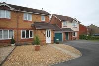 3 bedroom semi detached property in Clayfield, Brimsham Park...