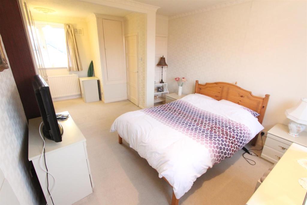Bedroom one (previou