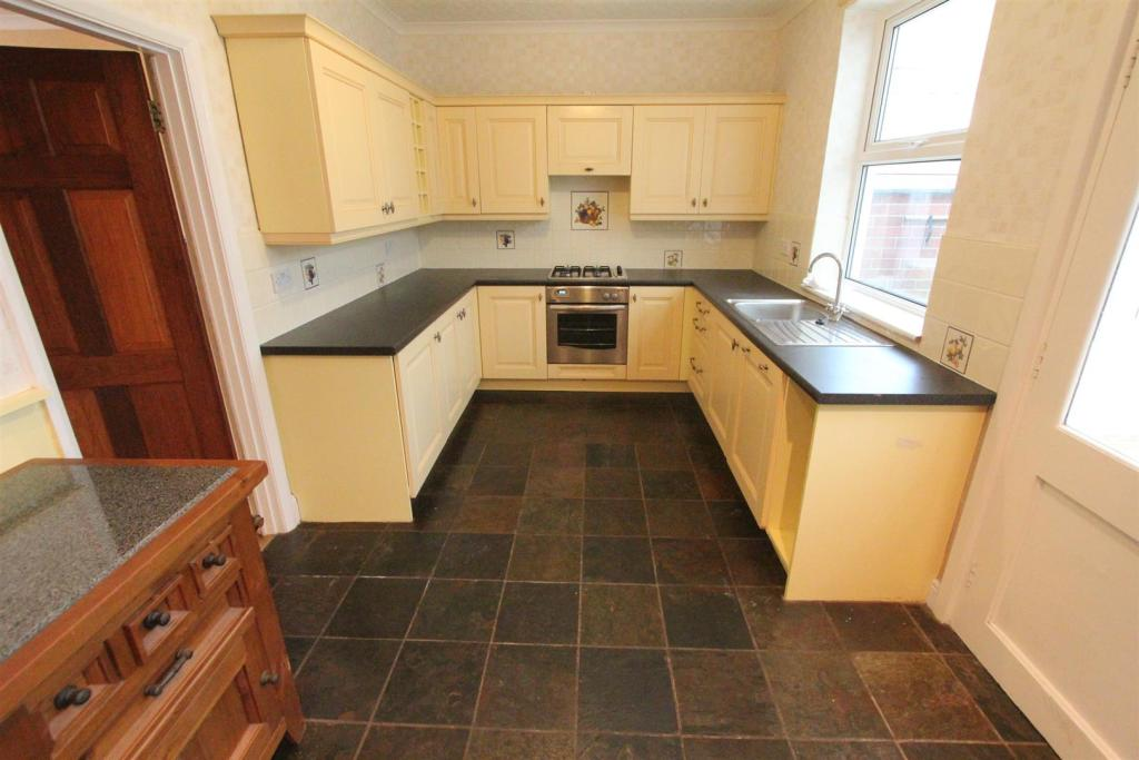 Dining kitchen to re