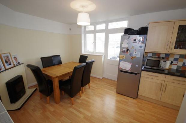Dining room (2...