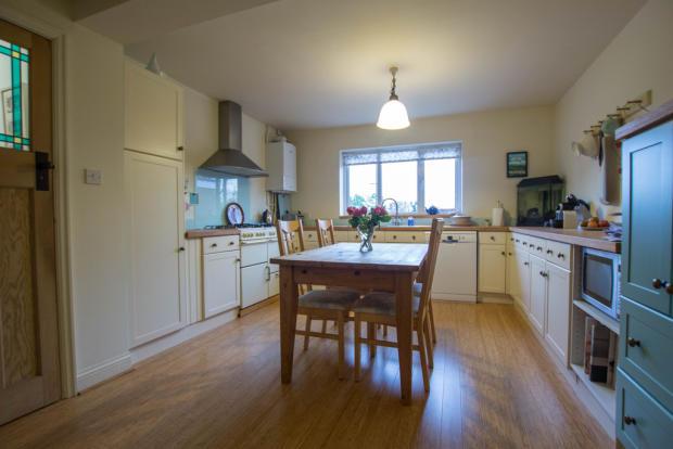 4 Bedroom Semi Detached House For Sale In Hinton Way