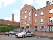 2 bed Apartment to rent in Greys Court...