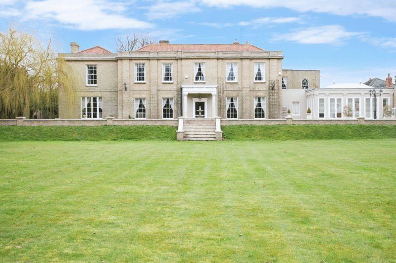 7 Bedroom Detached House For Sale In Langham Near Holt Nr25