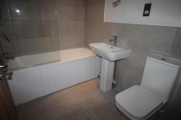 bathcottage.JPG