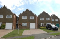 5 bedroom Link Detached House in Mildmay Close, RINGMER...