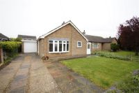 2 bed Bungalow in Eastfield Close, Welton...