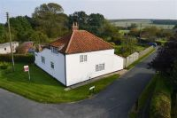 2 bed Detached property in White Cottage, Eastgate...