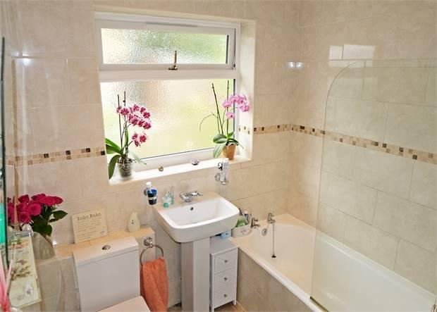 Detached bungalow bathroom with separate shower