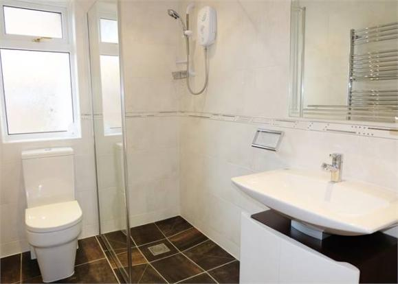 Shower wet room