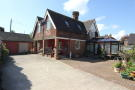 5 bed Detached property for sale in Straight Road,