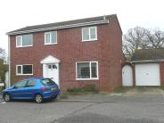 3 bedroom Detached house to rent in William Close, Wivenhoe...
