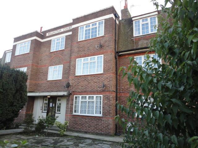 2 Bedroom Flat To Rent In Roselands Avenue Eastbourne BN22 BN22
